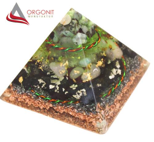 Natura-Orgonit-Orgon-Orgonpyramiden-Orgonitpyramiden
